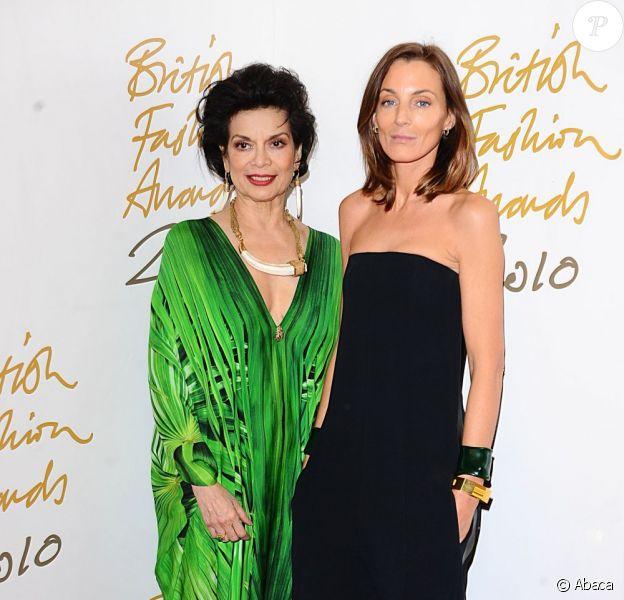 Phoebe Philo et Bianca Jagger en décembre 2010