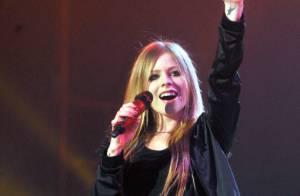 Avril Lavigne : Le fan qui avait tué sa mère... condamné !