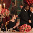 Carla Bruni-Sarkozy et Nicolas Sarkozy reçoivent le  président ivoirien Alassane Ouattara et  son épouse Dominique Ouattara, le 26 janvier 2012, à l'occasion d'un  dîner d'Etat