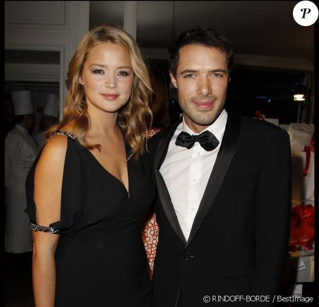 Virginie Efira et Nicolas Bedos lors du Dîner de la mode pour le Sidaction, le 26 janvier 2012