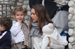 Jessica Alba : Maman poule pour Haven et Honor, reines du bac à sable
