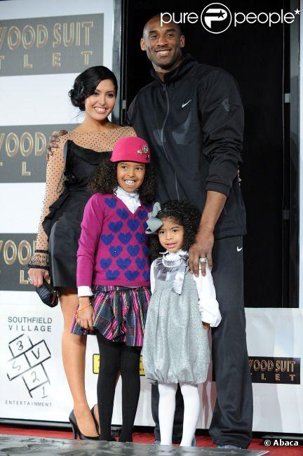 Kobe Bryant, sa femme Vanessa et ses enfants le 19 février 2011 à Los Angeles