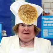 Susan Boyle en cuisine : Des crêpes et des rires pour la reine de la chanson