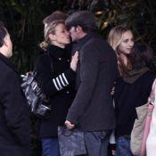 Jean Dujardin : Baiser d'au revoir à Alexandra Lamy avant le retour en France