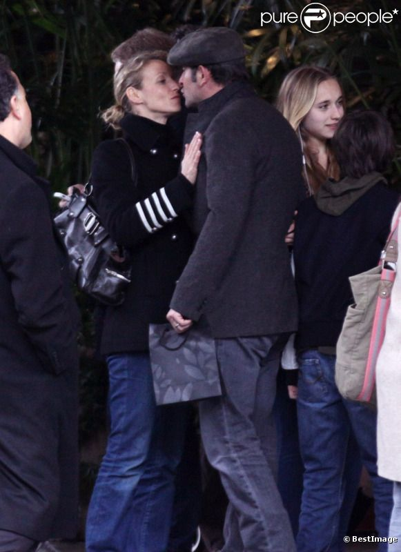 Jean dujardin baiser d 39 au revoir alexandra lamy avant for Frere de jean dujardin