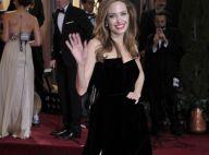 Angelina Jolie pique le look de Jennifer Aniston : une robe, deux styles...