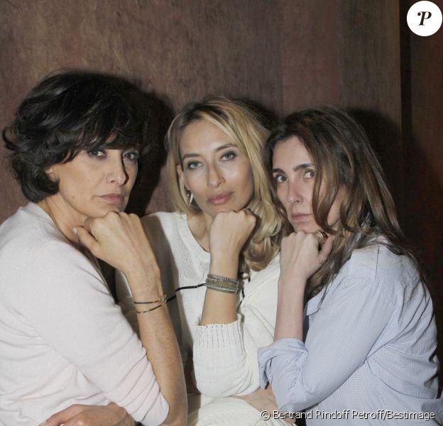 Inès de la Fressange, Alexandra Golovanoff et Mademoiselle Agnès lors de la soirée Roger Vivier à Paris le 15 mars 2012