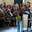 La reine Noor de Jordanie s'est exprimée devant les élèves du United World College de Maastricht, le 16 mars 2012. Noor est depuis 1995 présidente du groupe UWC.
