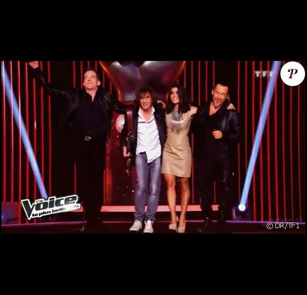 Les quatre coachs de The Voice (Jenifer, Louis Bertignac, Florent Pagny et Garou) chantent Rolling in the Deep