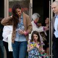 Katie Holmes et la petite Suri quittent l'aire de jeu Chelsea Piers à New York, le 23 mars 2012
