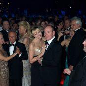 Bal de la Rose 2012 : Charlene et Caroline, en mode 60's, swinguent à l'anglaise