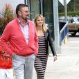 Heidi Klum accompagnée de son père Gunther est venue récupérer ses enfants à Brentwood, Los Angeles, le 31 mars 2012.