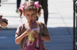 Jessica Alba : Journée complice avec son mini-moi Honor, déjà bien lookée