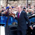 Le roi Juan Carlos Ier arrive à la cathédrale Santa Maria de Palma de Majorque. La famille royale d'Espagne assistait le 8 avril 2012 en la cathédrale Santa Maria de Majorque (''La Seu'') à la messe de Pâques conduite par Jesus Murgui.