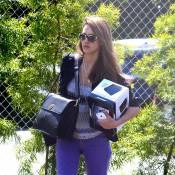 Jessica Alba : Lookée, la belle allie travail et plaisir