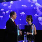 Le prince Albert, après un tennis avec Charlene, embarque avec Céline Cousteau