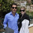 Athina Onassis et son mari Alvaro de Miranda Neto ont posé avant la demi-finale Djokovic-Berdych au Rolex Masters 1000 de Monte-Carlo, à Roquebrune-Cap-Martin, le 21 avril 2012.