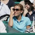 Jelena Ristic à fond derrière son chéri Novak Djokovic lors de sa demi-finale contre Berdych au Rolex Masters 1000 de Monte-Carlo, à Roquebrune-Cap-Martin, le 21 avril 2012.