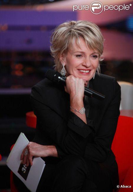 Sophie Davant le 3 décembre 2011 lors de l'émission consacrée au Téléthon