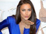 Irina Shayk : Encore en solo, la bombe russe envoie de doux baisers