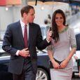 Le prince William et Kate Middleton lors de la première du documentaire  African Cats  réalisé par Guy Ritchie et narrée par Patrick Stewart au profit du Tusk Trust dont le prince de Galles est le parrain. A Londres, le 25 avril 2012.