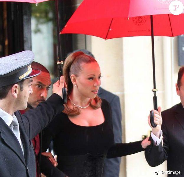 Mariah Carey fait du shopping chez Azzedine Alaïa, à Paris, le 28 avril 2012.