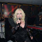 Cannes 2012 : Cyndi Lauper et Ronnie Wood mettent le feu au VIP