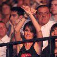 Laeticia Hallyday aux premières loges pour le concert de Johnny Hallyday à Montpellier, le 15 mai 2012.