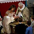 Vidéo du baptême à Mogeltonder le 20 mai 2012 de la princesse Athena de Danemark, née le 24 janvier, deuxième enfant du prince Joachim et de la princesse Marie.