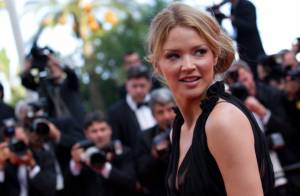 Cannes 2012 : Virginie Efira et Leïla Bekhti brillent, Sting provoque la folie