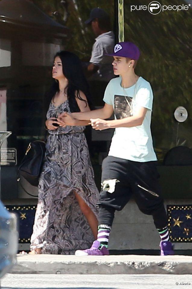 Justin Bieber et Selena Gomez, après la bagarre qui a opposé le chanteur à un photographe, le 27 mai 2012 à Los Angeles