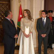 Rania de Jordanie, avec son fils Hussein, illumine la Fête de l'indépendance
