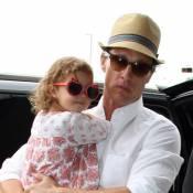 Matthew McConaughey met les voiles avec sa fiancée et leurs deux enfants