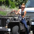 Miley Cyrus ravie à Toluca Lake le 21 mai 2012