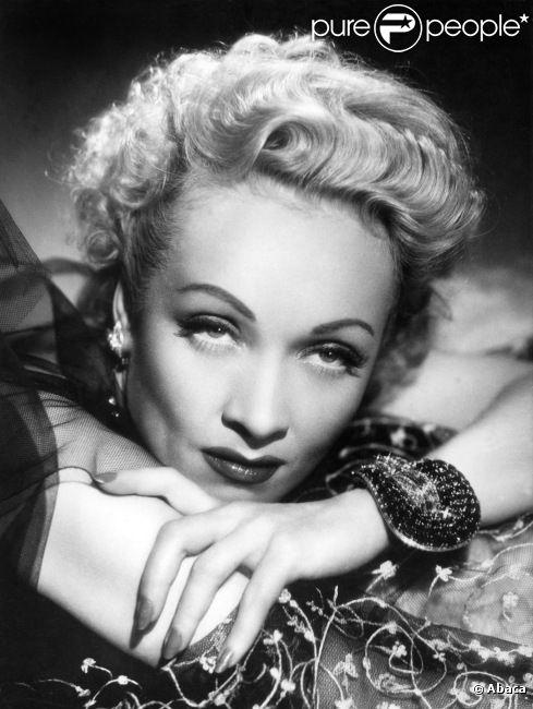 Marlene Dietrich, archives.