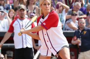Carrie Underwood : Sexy en patriote et en joueuse de softball lors du CMA Fest