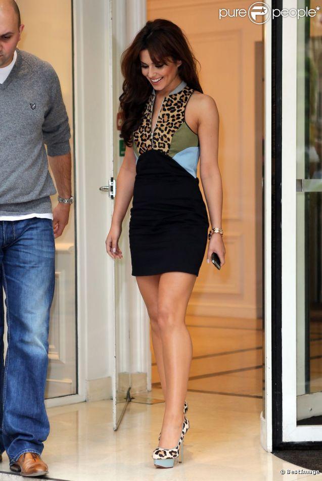 Cheryl Cole, ultrasexy dans une robe Ksubi et des chaussures Charlotte Olympia à Paris, le 14 juin 2012.