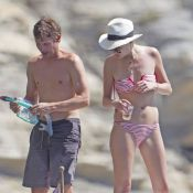 James Blunt : Vacances très anglaises avec une jolie blonde et Jodie Kidd