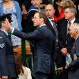 Kate Middleton, véritable icône rétro dans une robe Alexander McQueen portée un an plus tôt jour pour jour, et son mari le prince William étaient présents dans la royal box du court central de Wimbledon le 4 juillet 2012 pour voir la victoire expéditive de Roger Federer sur Mikhail Youzhny.