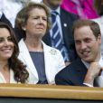 Kate Middleton et le prince William assistaient le 4 juillet 2012 au match de Roger Federer sur le court central, à Wimbledon.