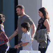 Megan Fox : Enceinte, mais pas un sourire avec son mari et le petit Kassius
