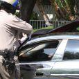 Justin Bieber, arrêté par la police à Los Angeles, de retour du tournage de son nouveau clip  As long as you love me , pour avoir commis un excès de vitesse le vendredi 6 juillet 2012.