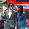 Kristen Wiig et le rockeur Fabrizio Moretti à la sortie du mariage d'Ellie Kemper, à New York, le 7 juillet 2012.