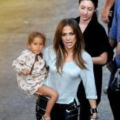 Jennifer Lopez entourée de ses jumeaux et de son Casper, la recette du bonheur