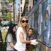 Nicole Richie et Karlie Kloss s'improvisent peintres à Harlem