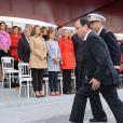 Présente au premier rang à côté de Brigitte Ayrault et Véronique Bartolone, Valérie Trierweiler, un mois après le Twittweilergate des législatives, assistait au défilé militaire de la Fête nationale, le 14 juillet 2012, installée dans la tribune des conjoints des membres du gouvernement, se tournant régulièrement vers la gauche en direction de la tribune présidentielle d'où son compagnon François Hollande, chef de l'Etat et des armées, a suivi la parade.