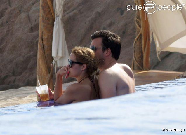 Exclu : Lauren Conrad et son chéri William Tell peaufinent leur nouvelle relation durant leurs vacances à Cabo San Lucas. Le 13 juillet 2012.