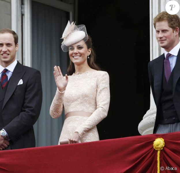 Les princes William et Harry ont associé la duchesse de Cambridge à leur fondation créée en 2009, rebaptisée à l'été 2012 The Royal Foundation Of The Duke And Duchess Of Cambridge And Prince Harry.