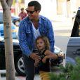 Cash Warren et sa fille Honor dans les rues de Beverly Hills, le 21 juillet 2012.