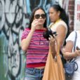 Demi Moore se promène dans les rues de New York avec une amie, le 27 juillet 2012.